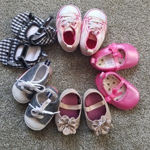 Other - Bundle of infant girl shoes.
